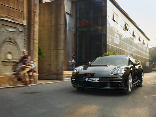 Exklusives Leasingangebot für private Kunden: Porsche Panamera 4