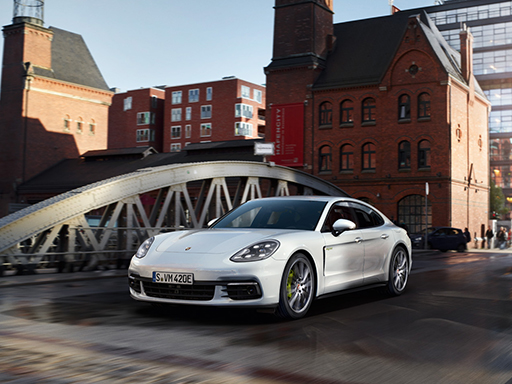 Exklusives Leasingangebot für private Kunden: Porsche Panamera 4 E-Hybrid